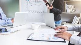 インスタグラムの利用者数 企業担当者が必ず覚えておきたい基礎情報