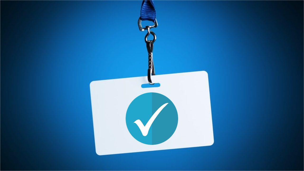 インスタグラムの認証バッジとは?取得方法や効果をお伝えします