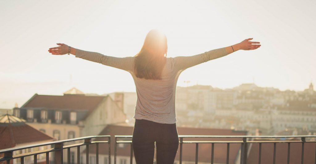 woman-sunlight