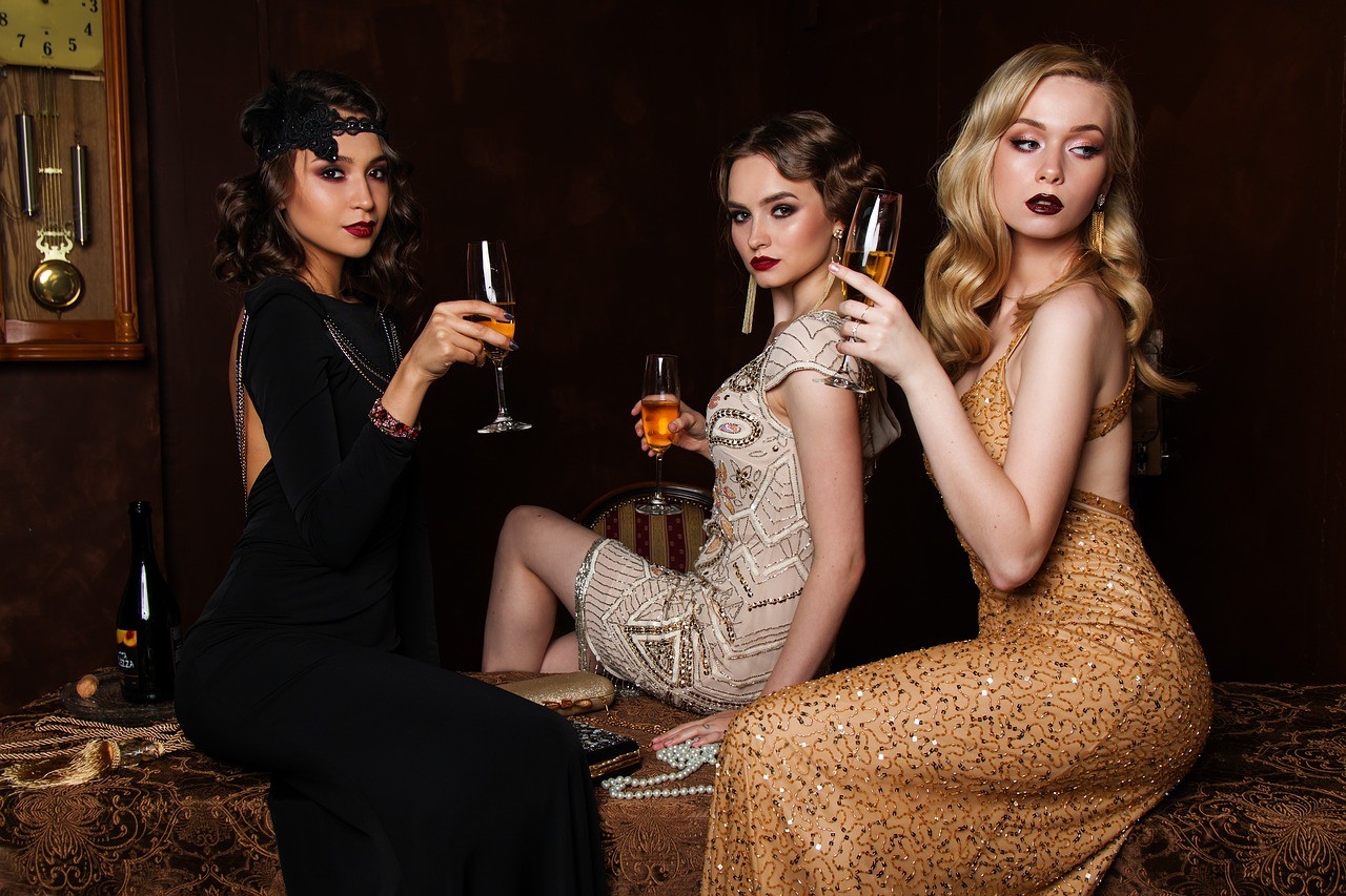 3-women-model