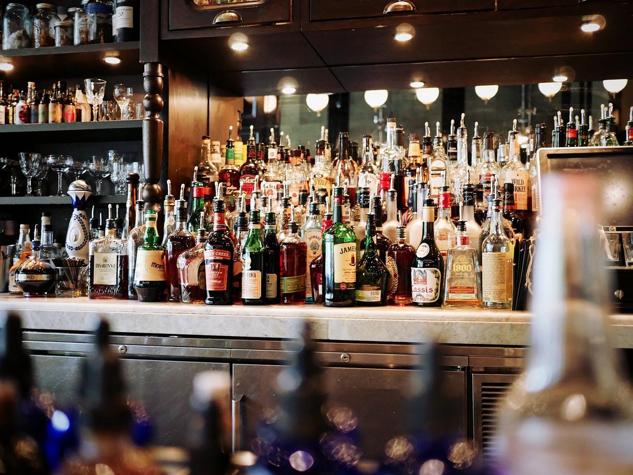 bar-alcohol