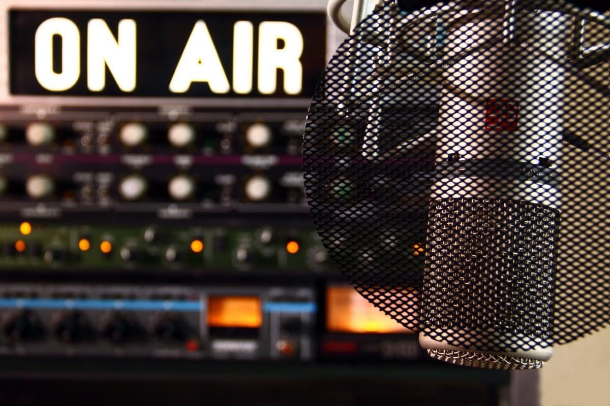 Clubhouse-radio
